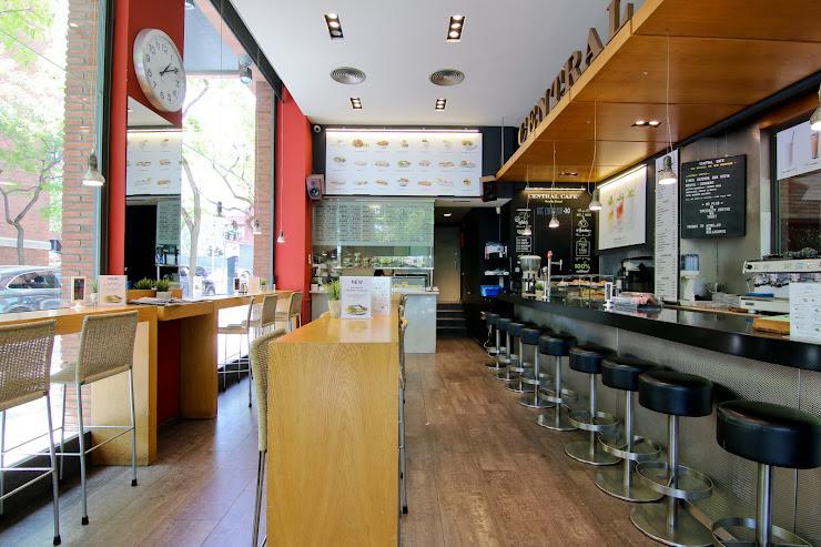 Central Cafè Doctor Fleming Carrer del Dr. Fleming, 19, 08017 Barcelona