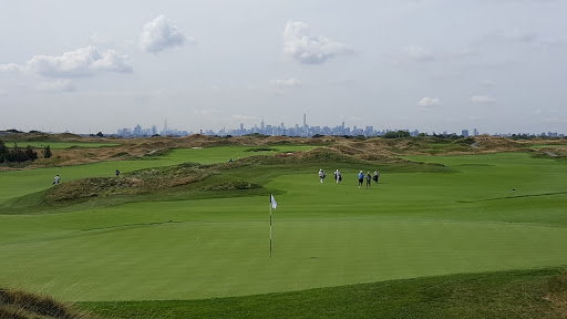 Public Golf Course «Trump Golf Links, Ferry Point», reviews and photos, 500 Hutchinson River Pkwy, Bronx, NY 10465, USA