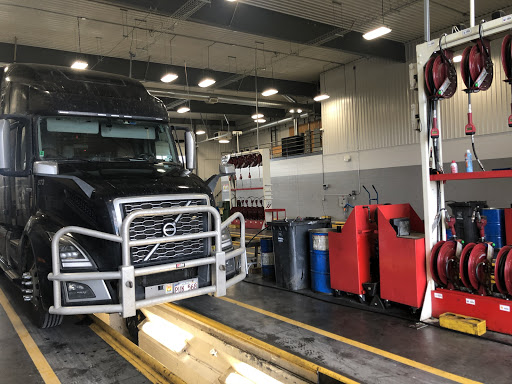 Oil Change Quick Truck Lube Napanee in Napanee (ON)   AutoDir