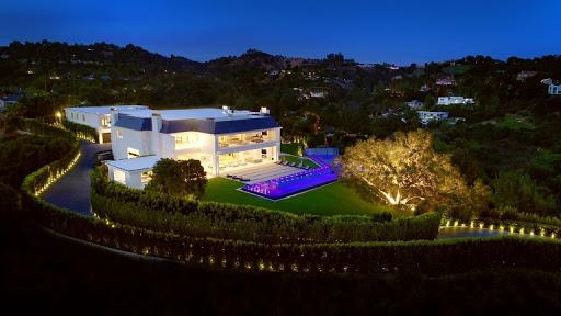 EXPERT LA Roofing Service Contractor Los Angeles in Los Angeles, California