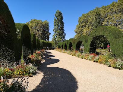 Prés-Fichaux Garden