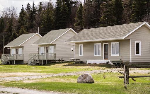 Cottage Les Chalets de l'Anse-Blanche in Cap-Chat (Quebec) | CanaGuide