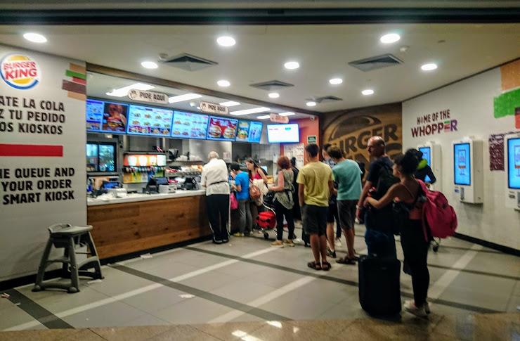 Burger King Salidas. Sky Center, Terminal T1, Aeroport de Barcelona-El Prat, 08820 Barcelona