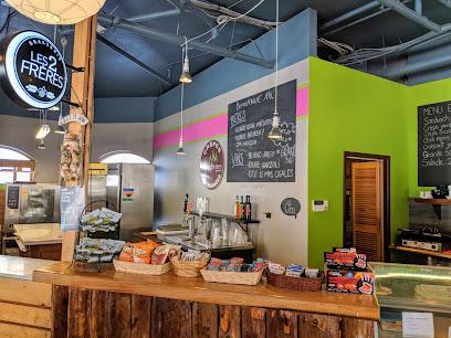 Les Petits Becs Cafe & Sandwicherie