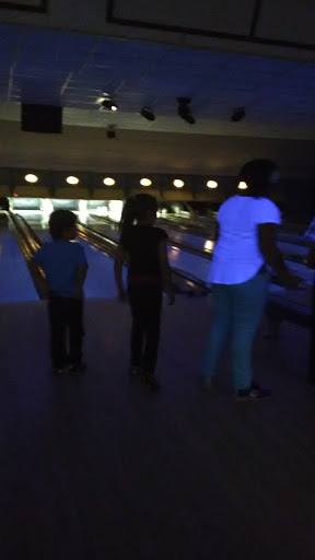Bowling Alley «Lucky Strike Lanes Inc», reviews and photos, 185 Stafford Rd, Mansfield Center, CT 06250, USA