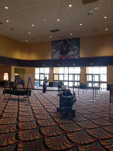 Movie Theater «LEVIS COMMONS 12», reviews and photos, 2005 Hollenbeck Dr, Perrysburg, OH 43551, USA