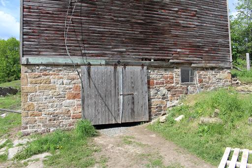 Maçonnerie Scotia Stoneworks à Lyndhurst (ON) | LiveWay