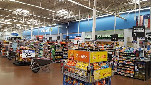 Walmart Supercenter, 4600 7th St, Bay City, TX 77414, Department Store