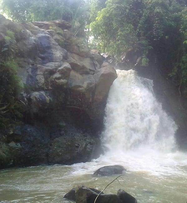 Air Terjun Curug Goong