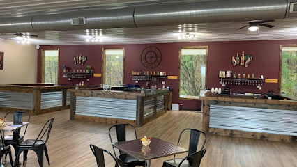 experience-wisdells-things-to-do-baraboo-bluff-winery