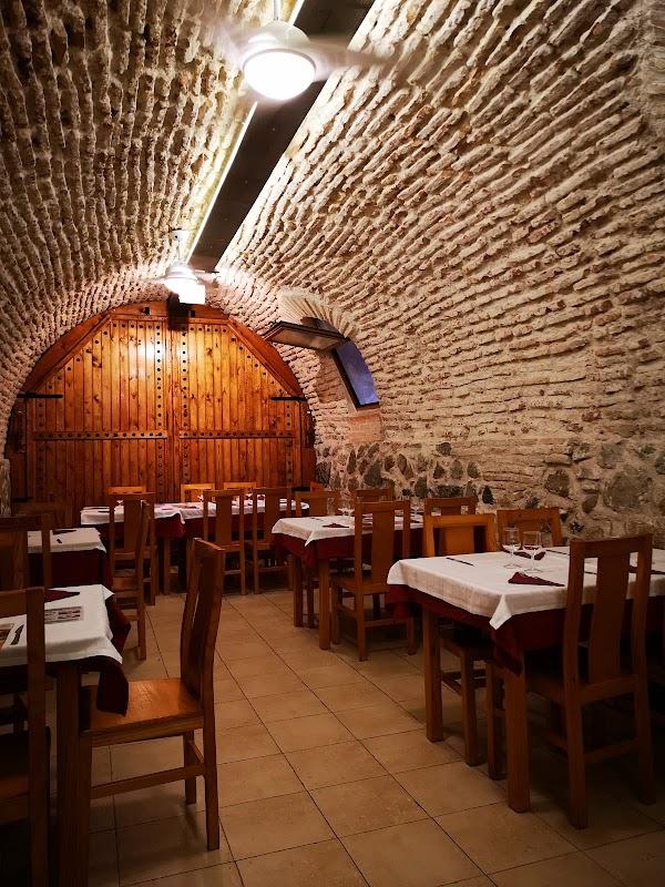 Cuevas Palacios