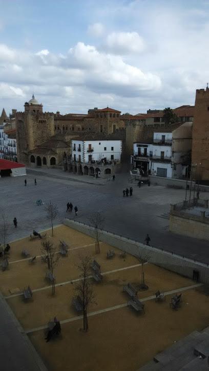 Hotel Iberia Plaza Mayor 1 ¿Dónde Dormir en Cáceres?