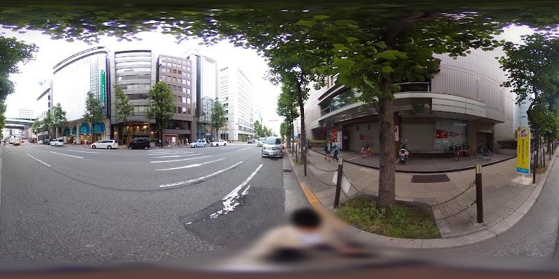 11 OSAKA WONDER LOOP Sakaisuji-Honmachi
