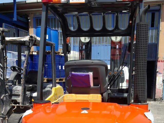 C.b Forklift