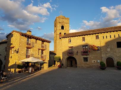 Plaza Mayor Ainsa