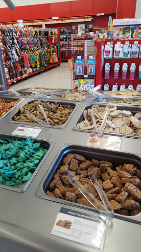 Pet Supply Store «Petco Animal Supplies», reviews and photos, 1220 Commons Cir, Plover, WI 54467, USA