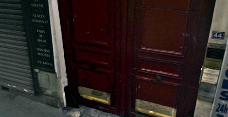CABINET DE CHIROPRAXIE HAUSSMAN : CHIROPRACTOR Meilleur CHIROPRACTEUR à PARIS : Chiropracteur à Paris 8, Marc Tourneur vous ouvre les portes de son cabinet de chiropraxie.