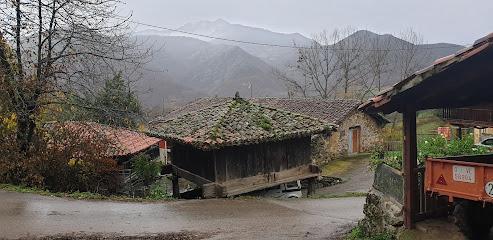 Casa Rural La Carrozal Senda del Oso