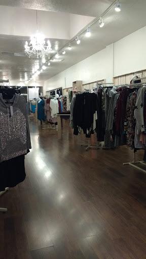 36448bf12 Boutique «Bella Ella Boutique - American Fork»