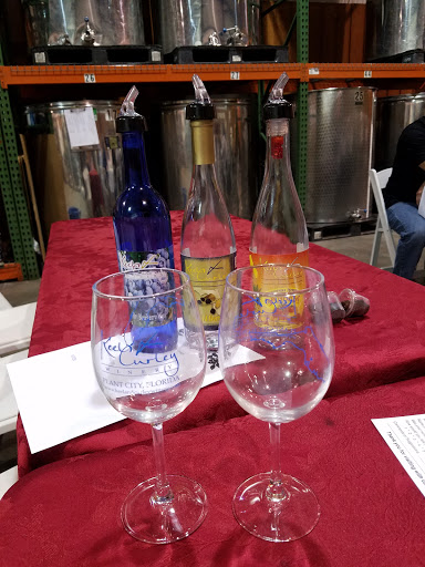 Winery «Keel and Curley Winery», reviews and photos, 5210 Thonotosassa Rd, Plant City, FL 33565, USA