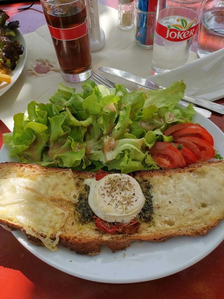 photo du resaurant Café du Château