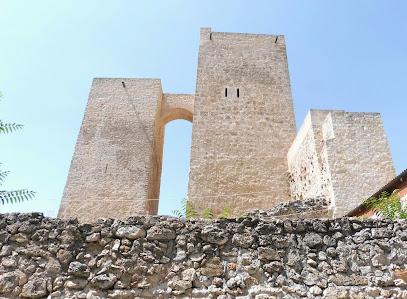 Castillo-Fortaleza De Ucles