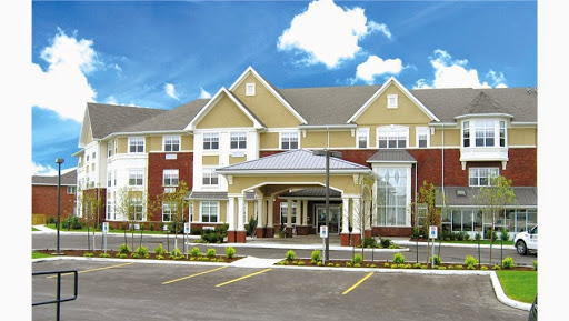 Retirement Home Chartwell Conservatory Pond Retirement Residence in Kingston (ON) | LiveWay