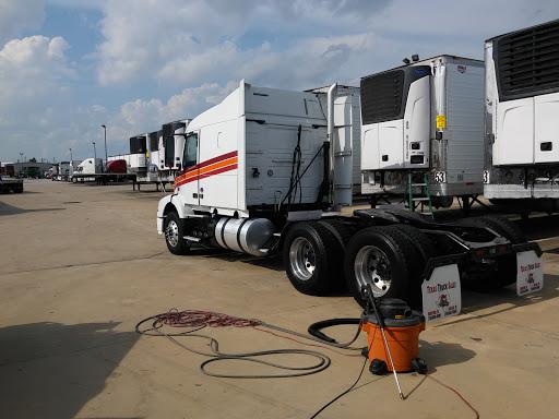 J.B. Hunt Transport, Inc., 350 Gellhorn Dr, Houston, TX 77013, Trucking Company