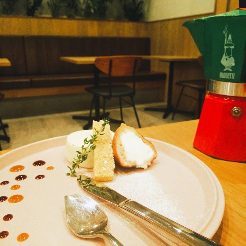 Cafe Riecco