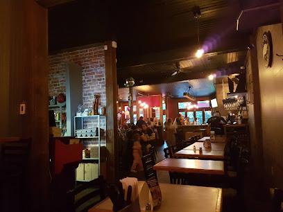 Le Tusk, cuisine et bar