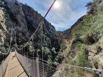 Ruta De Los Calderones (Puentes Colgantes)