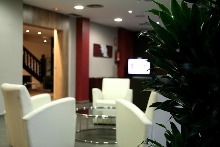 Hotel Canal Olimpic & Restaurante Carrer de la Ginesta, 13, 08860 Castelldefels, Barcelona