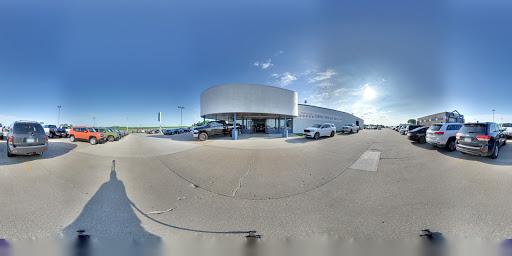 Car Dealer «Southtown Chrysler Dodge Jeep Ram», reviews and photos, 2412 N Jefferson Way, Indianola, IA 50125, USA
