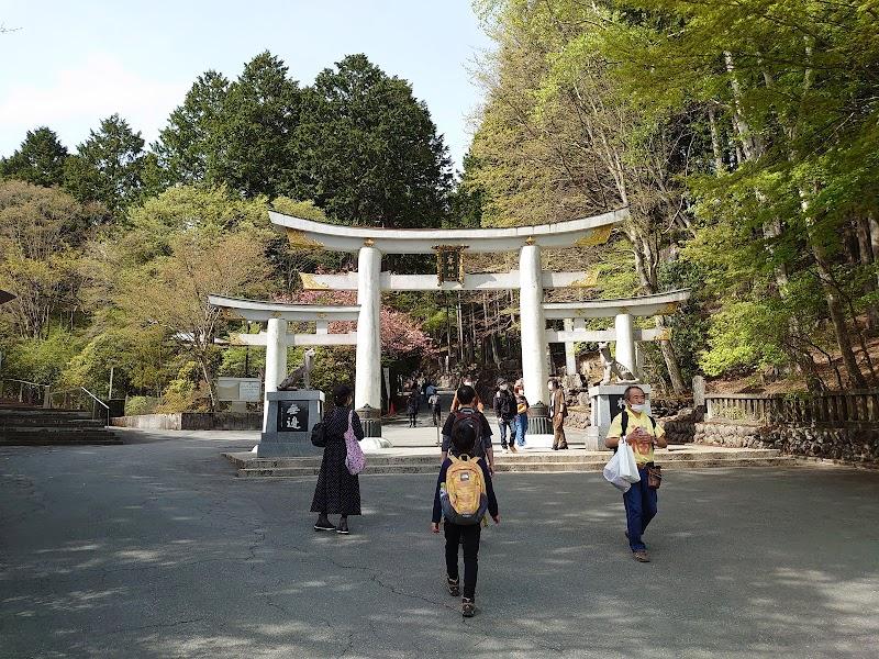 三峯神社 本殿