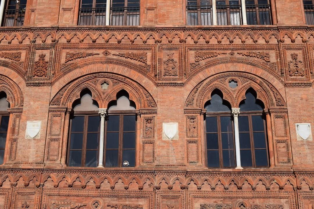 Palazzo Agostini o dellUssero o Rosso