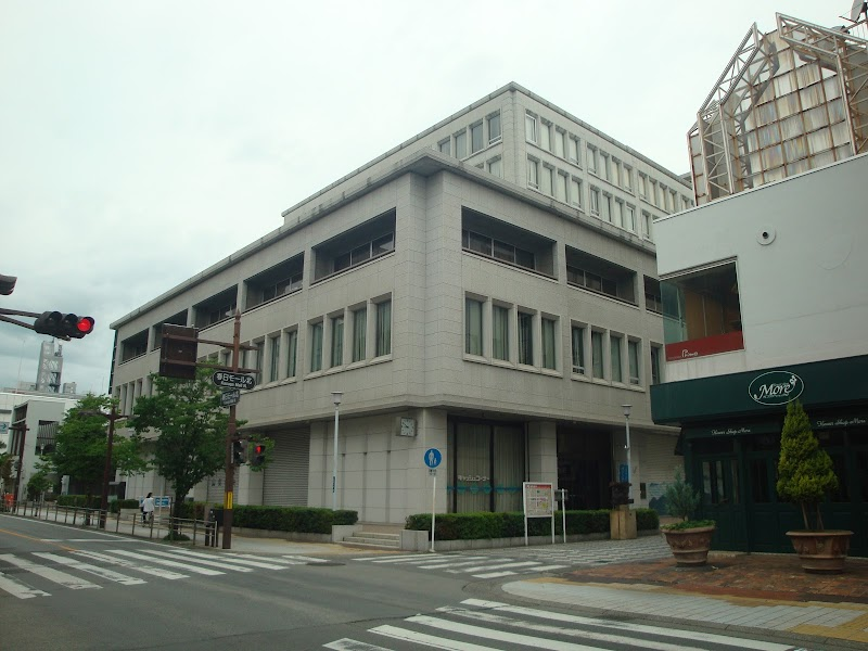 銀行 山梨 中央