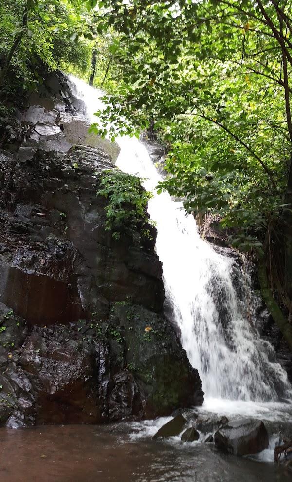 Air Terjun Selolapis