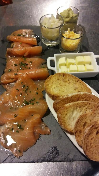 Bar Cafetería, venta de bolleria y pan 25126 Almenar, Lérida