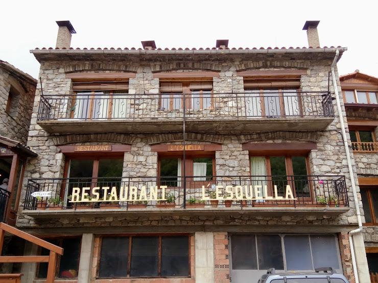Restaurant L´esquella Carrer d'en Ponts, s/n, 17869 Setcases, Girona