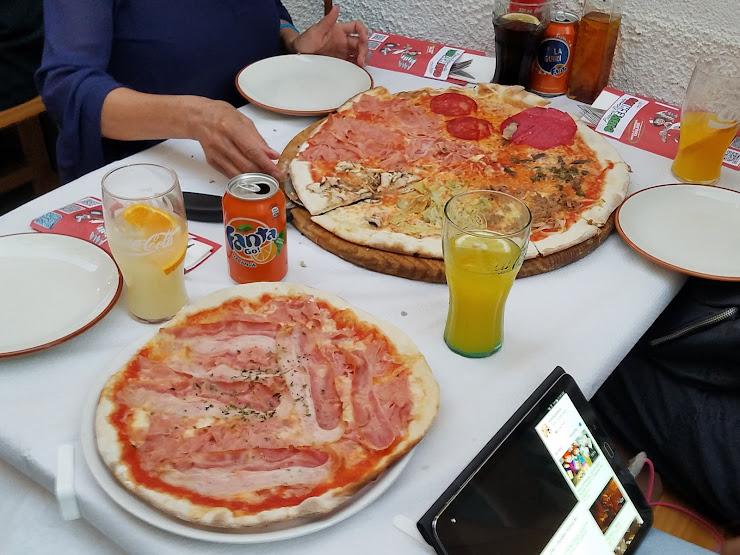 Pizzeria Ristorante Marechiaro Carrer del Castell de la Trinitat, 67, 17480 Roses, Girona