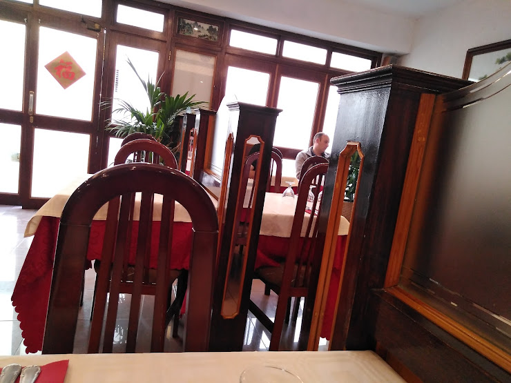 Restaurante Chino Sabroso 美味斋 Carrer d'Arizala, 9, 08028 Barcelona