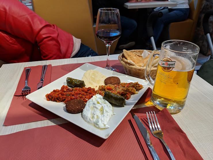 Rey De Istanbul Carrer de Sardenya, 08013 Barcelona
