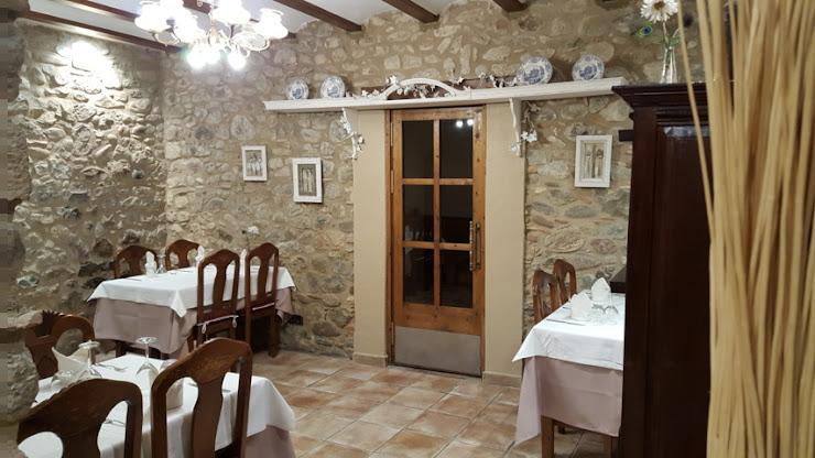 Restaurant El Pou Carrer del Montnegre, 51, 17006 Girona