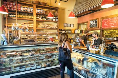M'tucci's Café & Market