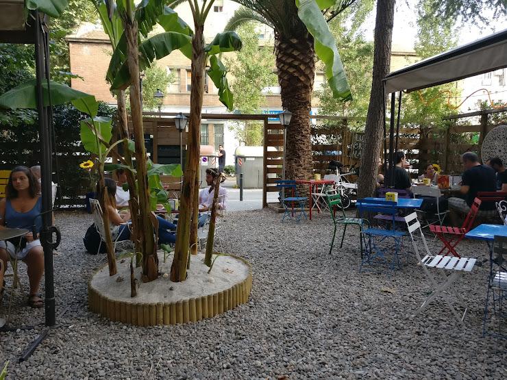 Café Poétique LE JARDIN Carrer de Bordeus, 31, 08029 Barcelona