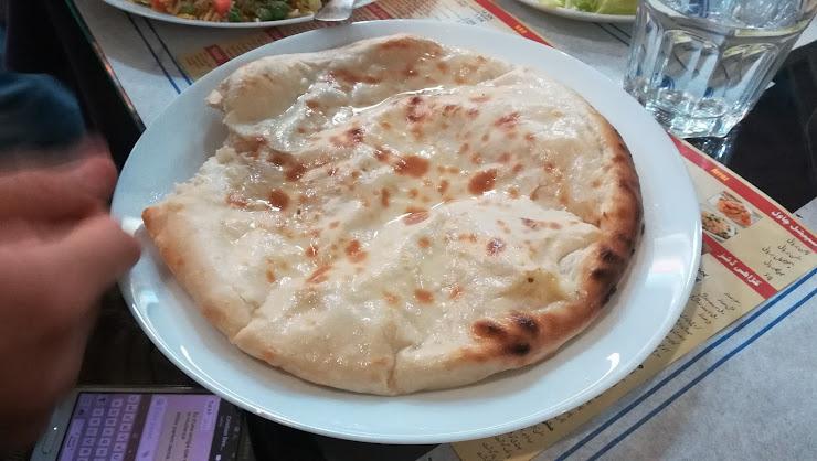 Taste House Halal Av. d'Alfons XIII, 456, 08913 Santa Coloma de Gramenet, Barcelona