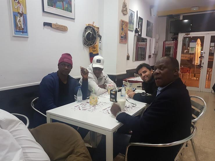 Restaurante Colombiano L&L La Sazón de Luigi 17, Carrer de Guatemala, 08018 Barcelona