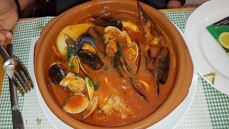 La Cassola Restaurant Avinguda de la Gola de l'Estany, 13, 17480 Roses, Girona