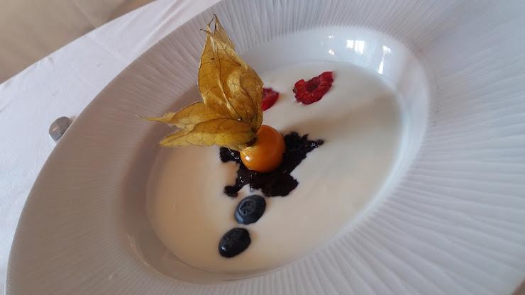Angelus Cafe Carrer Juli Garreta, 2, 17001 Girona
