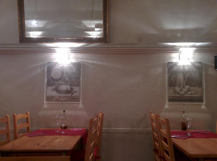 Restaurant la Llar de la Vila Rambla de Nostra Senyora, 39, 08720 Vilafranca del Penedès, Barcelona